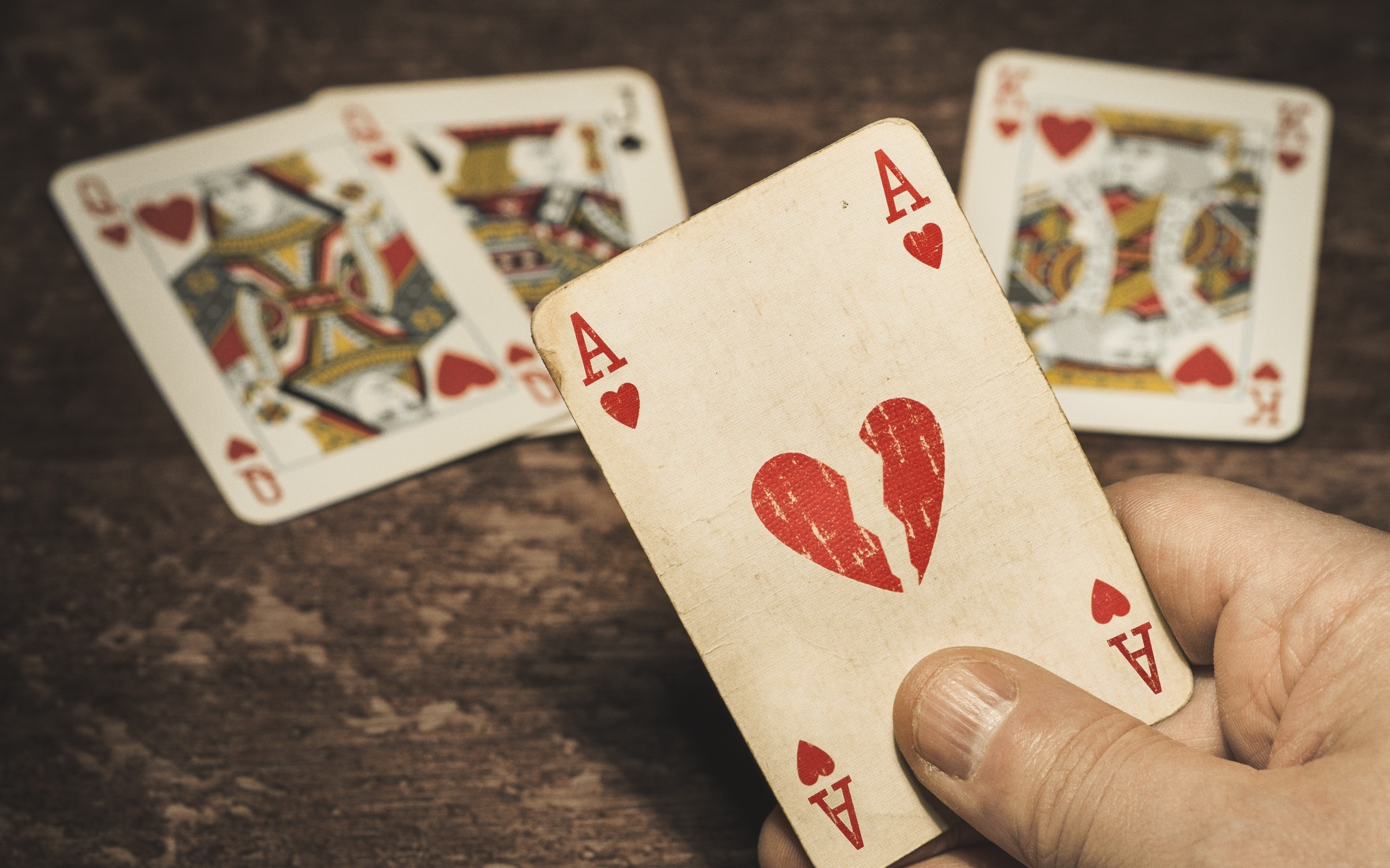 Shortcuts To Online Gambling That Only A Few Learn About